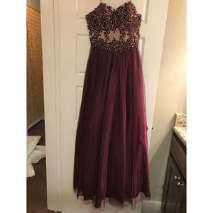 Maroon Strapless Evening/Prom Dress